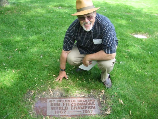 May 28, 2007 Bob Fitzsimmons Gravesite, Chicago,IL